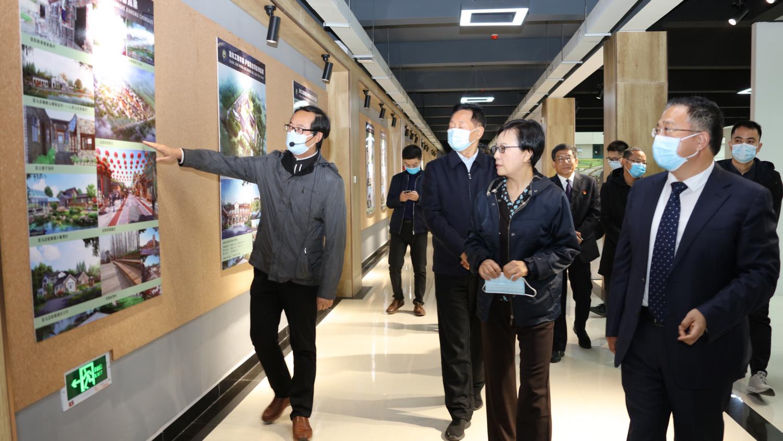 中国职业技术教育学会会长、 教